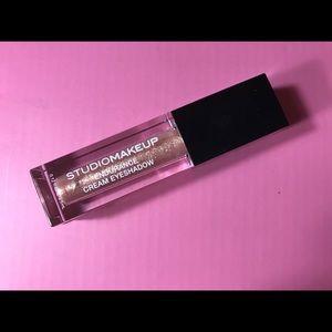Pink Cream Eyeshadow